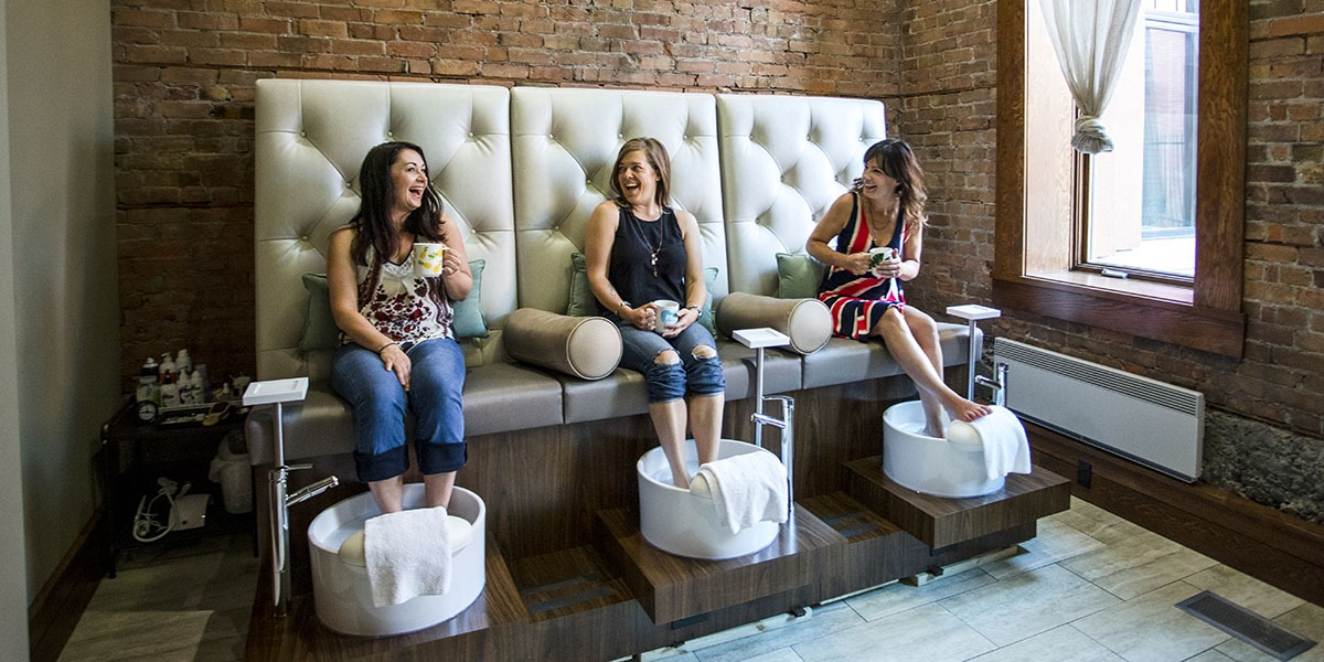 Pedicures at Spa 901